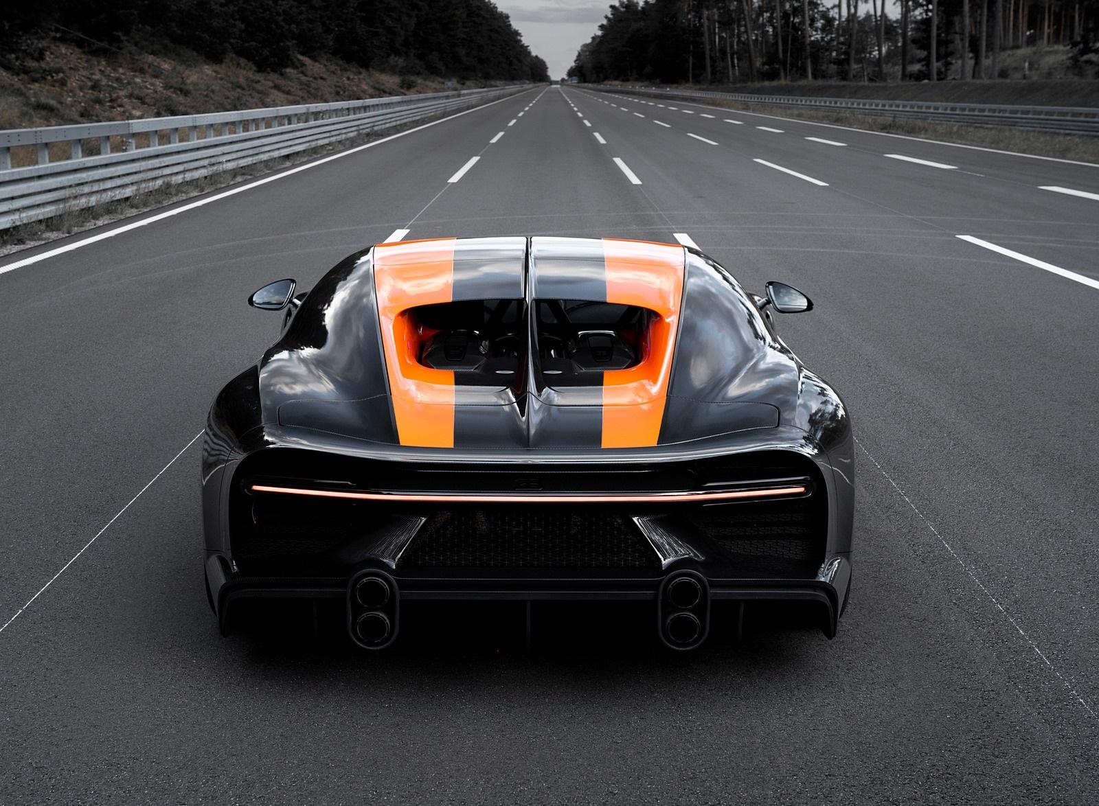2021 Bugatti Chiron Super Sport 300+ Rear Wallpapers (8)