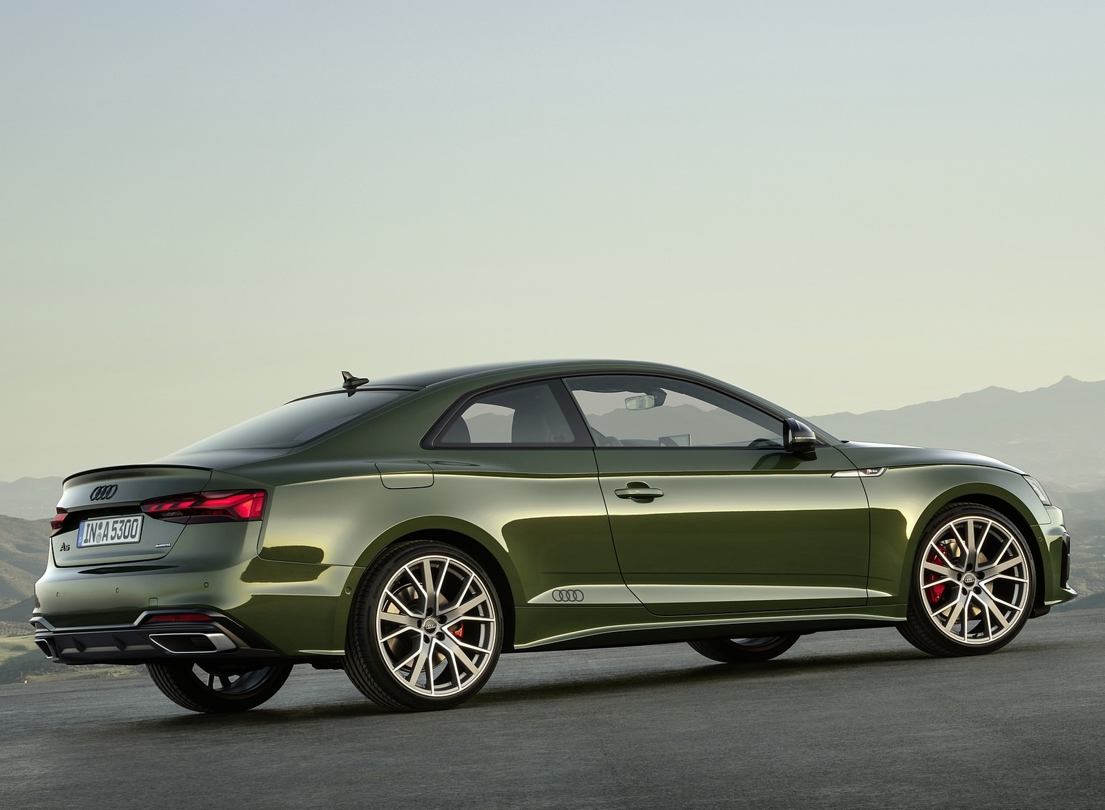 2020 Audi A5 Coupe (Color: District Green) Rear Three-Quarter Wallpapers (15)
