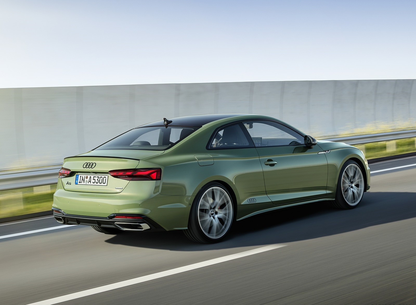 2020 Audi A5 Coupe (Color: District Green) Rear Three-Quarter Wallpapers (3)