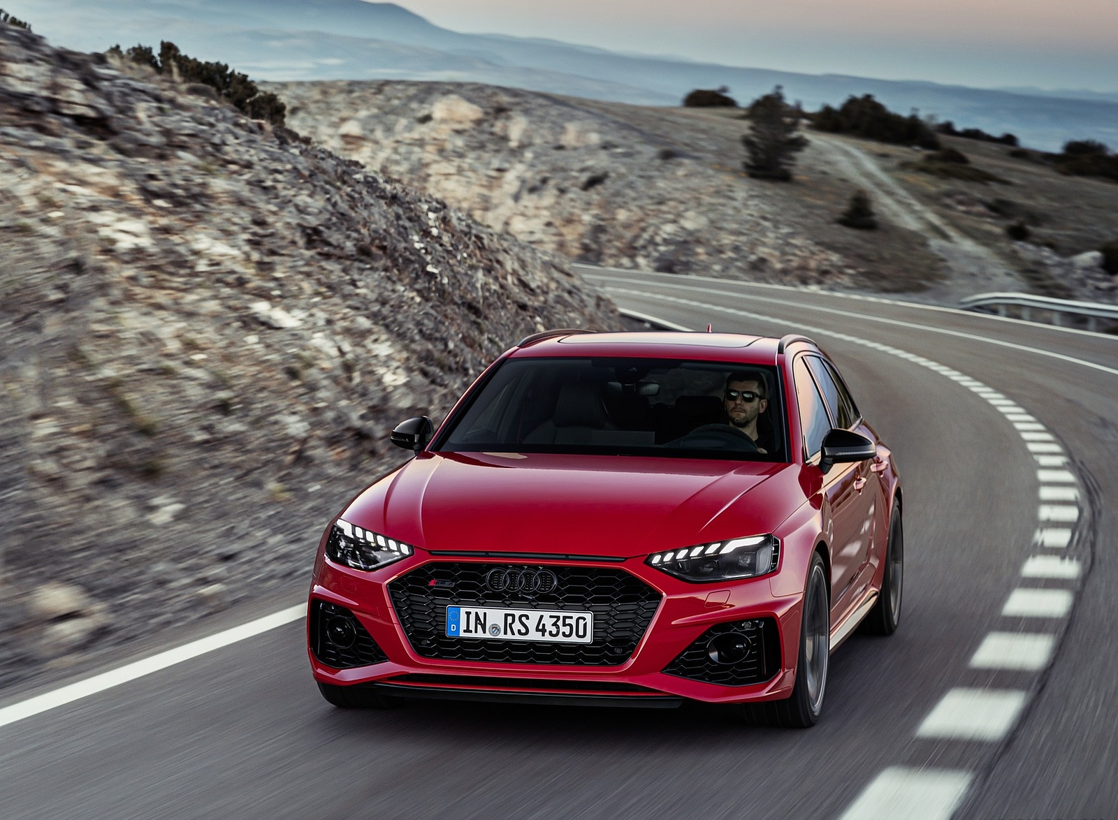 2020 Audi RS 4 Avant (Color: Tango Red) Front Wallpapers (1)