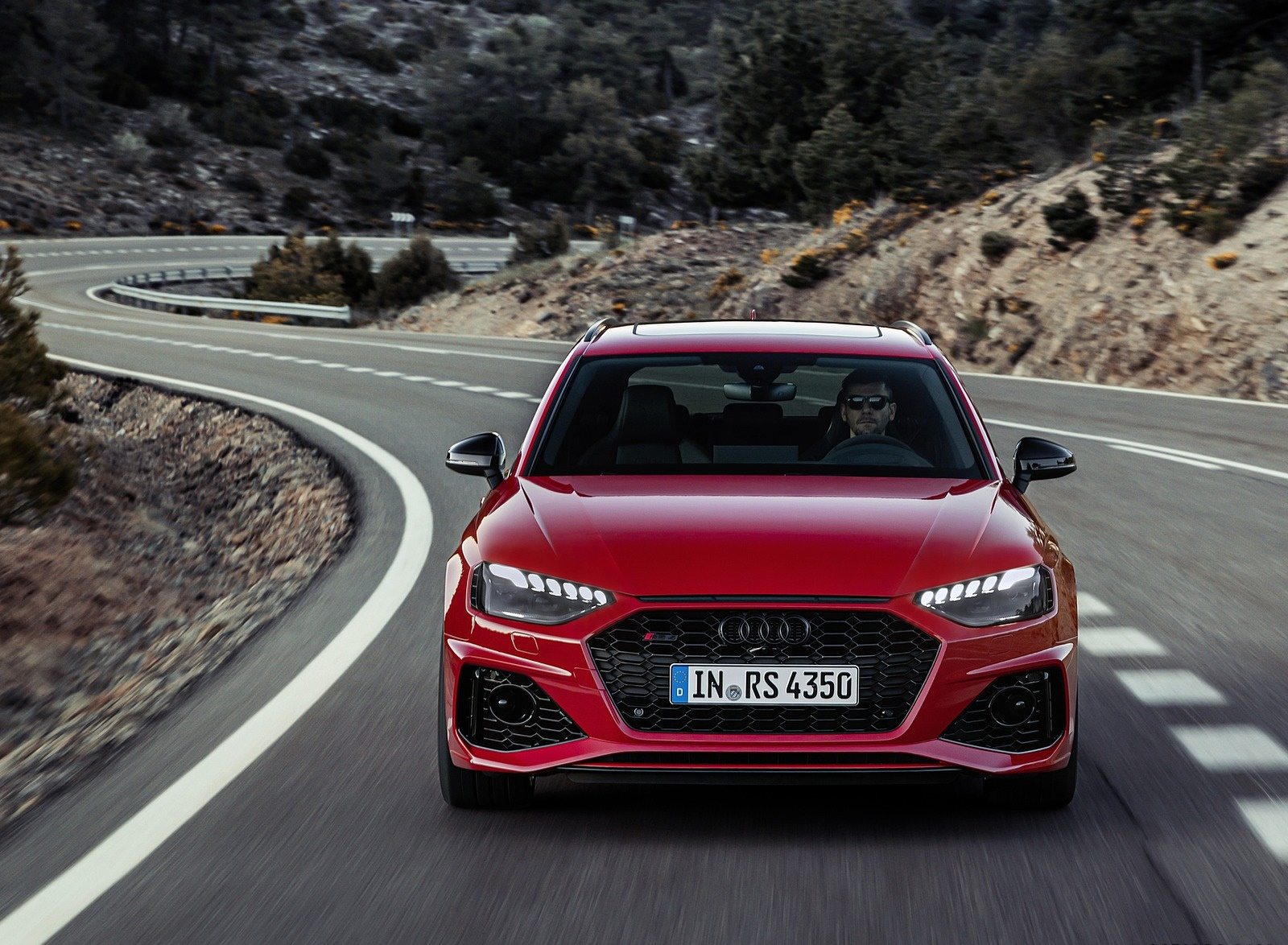 2020 Audi RS 4 Avant (Color: Tango Red) Front Wallpapers (2)