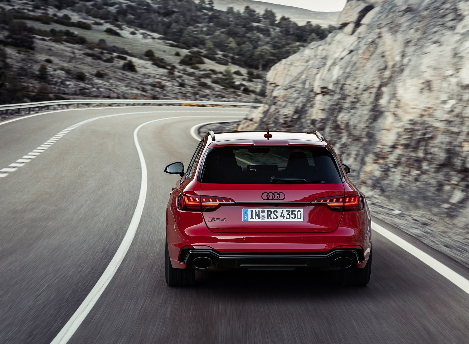 2020 Audi RS 4 Avant (Color: Tango Red) Rear Wallpapers (9)