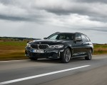 2020 BMW M340i xDrive Touring (Color: Black Sapphire Metallic) Front Three-Quarter Wallpapers 150x120 (21)