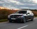 2020 BMW M340i xDrive Touring (Color: Black Sapphire Metallic) Front Three-Quarter Wallpapers 150x120 (4)