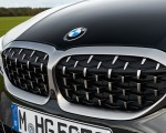 2020 BMW M340i xDrive Touring (Color: Black Sapphire Metallic) Grill Wallpapers 150x120 (44)