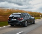 2020 BMW M340i xDrive Touring (Color: Black Sapphire Metallic) Rear Three-Quarter Wallpapers 150x120 (26)