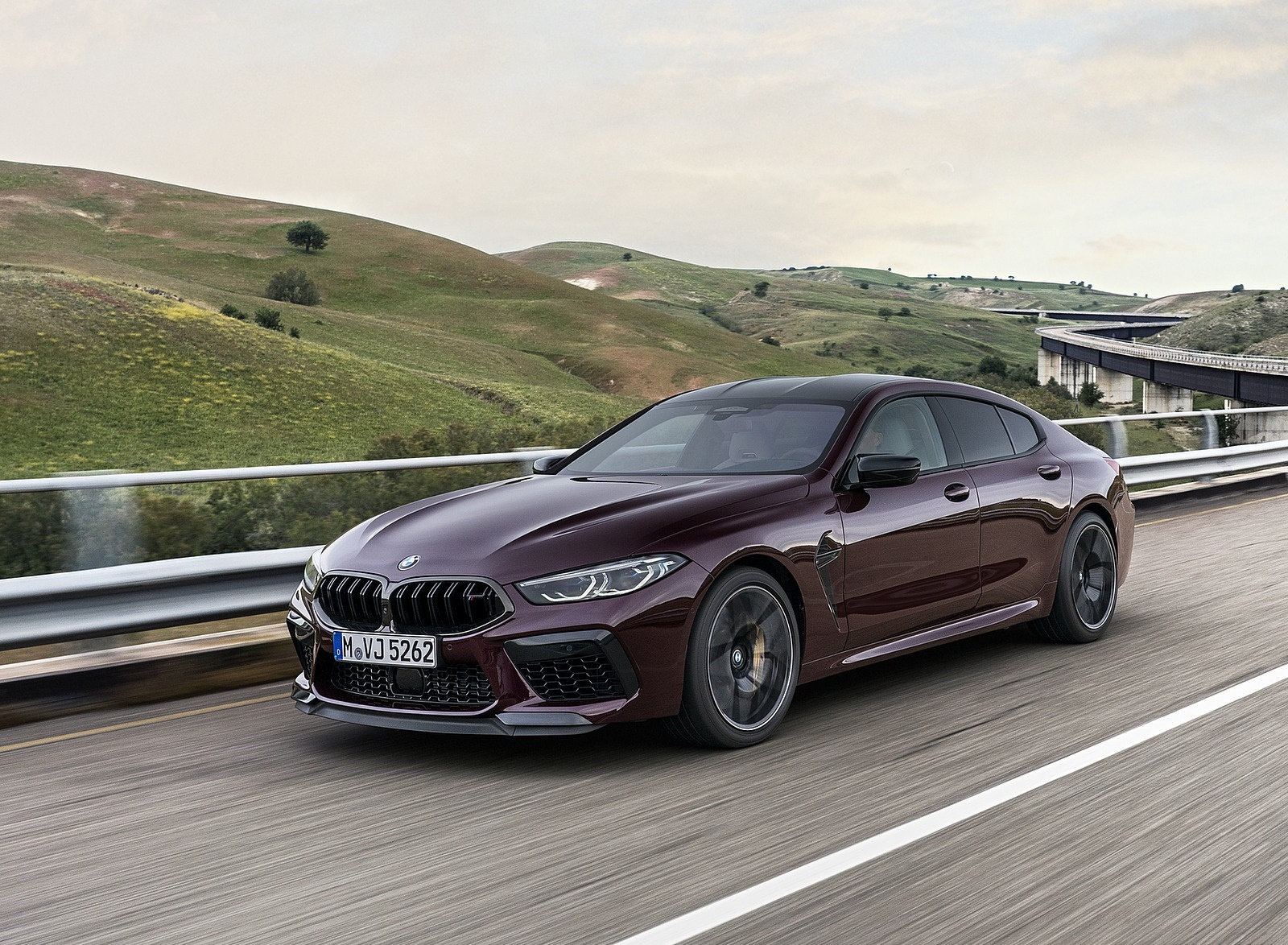 2020 BMW M8 Gran Coupe Competition Front Three-Quarter Wallpapers (4)