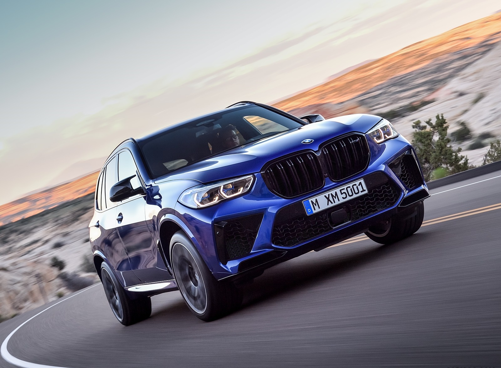 2020 BMW X5 M Competition Front Three-Quarter Wallpapers (12)