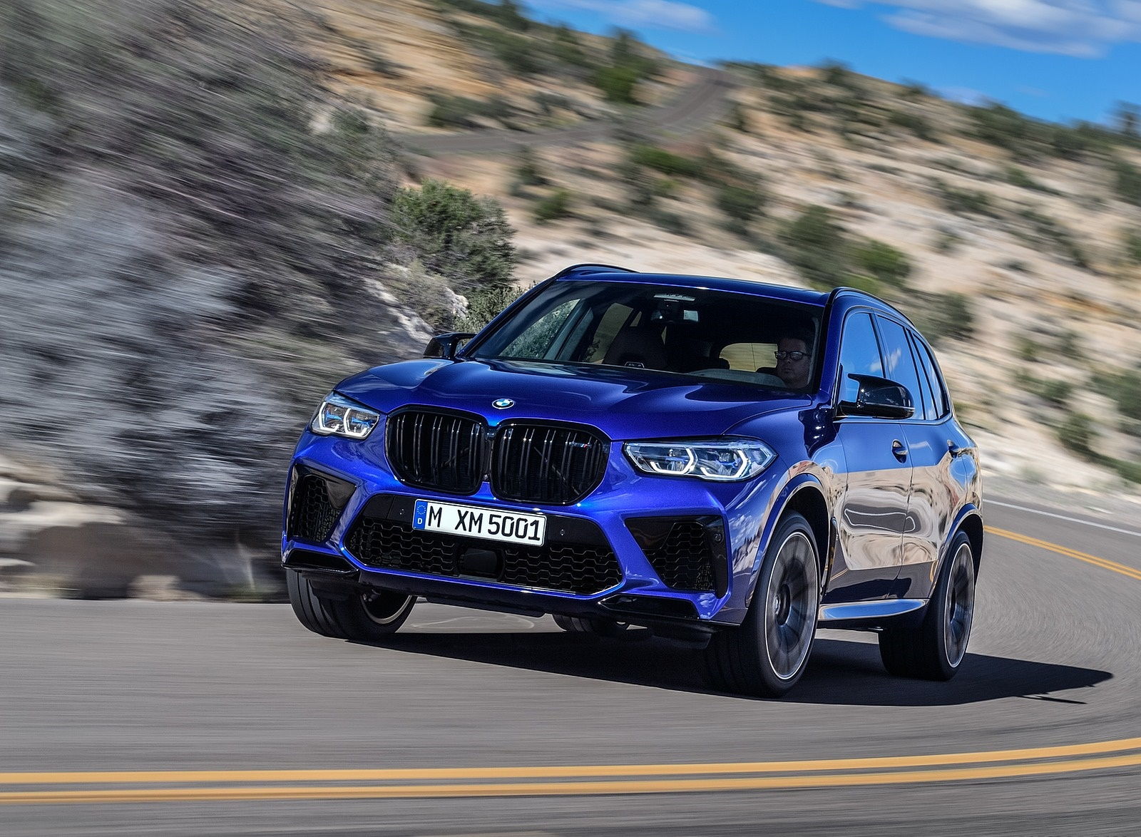 2020 BMW X5 M Competition Front Three-Quarter Wallpapers (1)