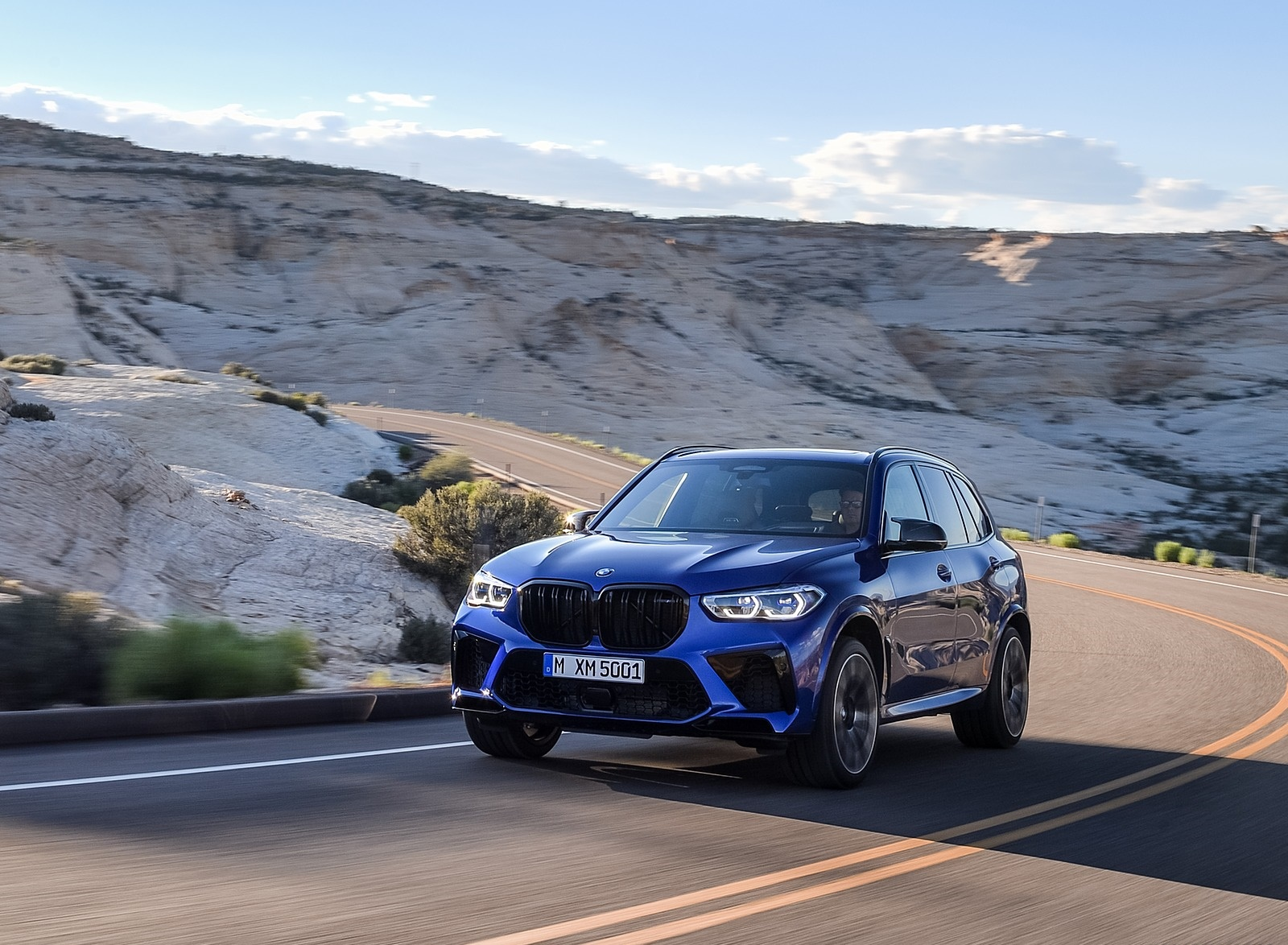 2020 BMW X5 M Competition Front Three-Quarter Wallpapers (6)