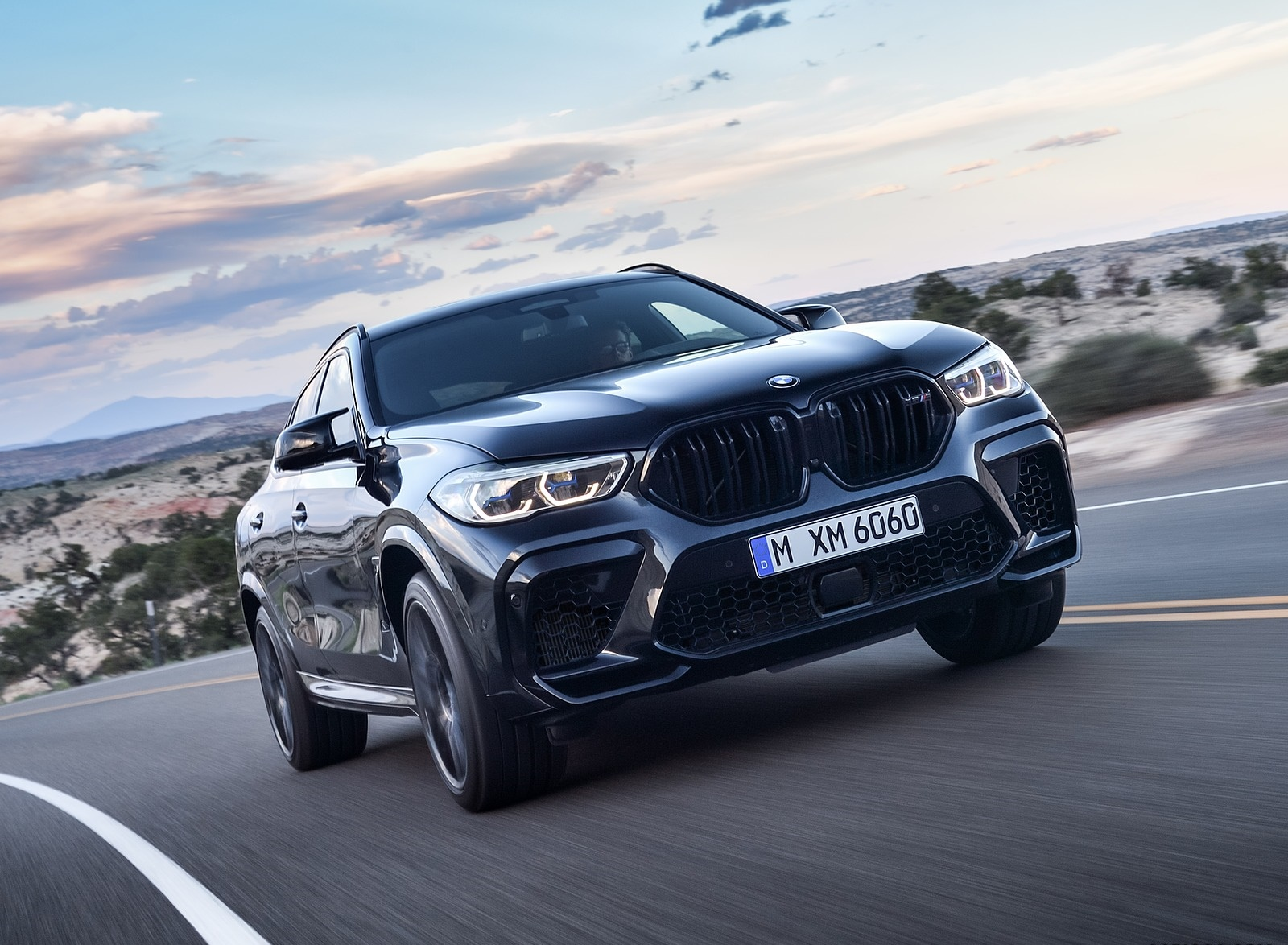 2020 BMW X6 M Competition Front Three-Quarter Wallpapers (3)