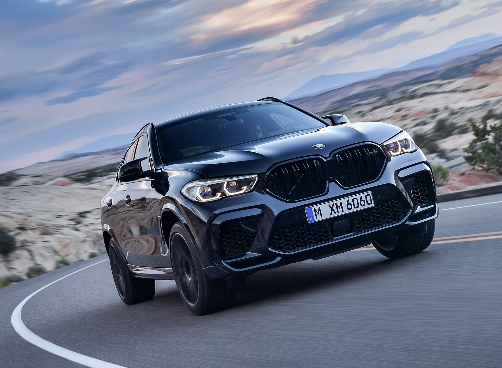 2020 BMW X6 M Competition Front Three-Quarter Wallpapers (1)