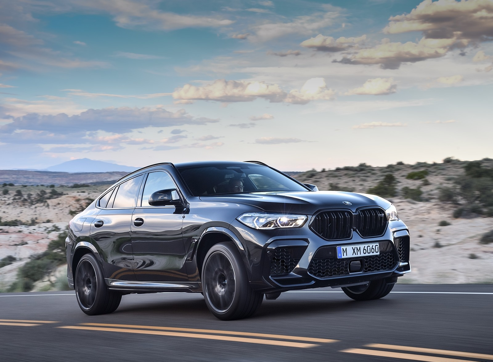 2020 BMW X6 M Competition Front Three-Quarter Wallpapers (4)