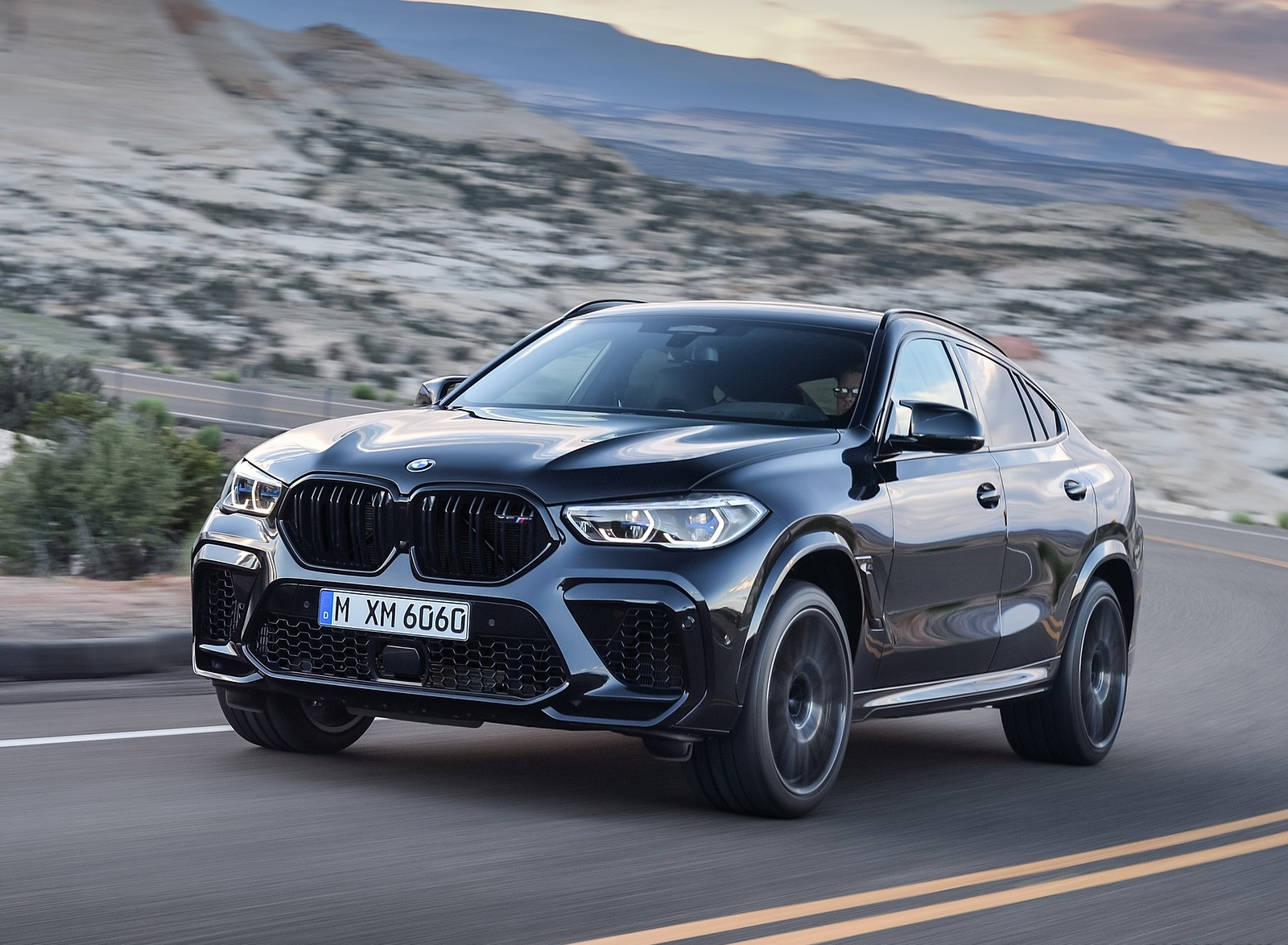 2020 BMW X6 M Competition Front Three-Quarter Wallpapers (6)