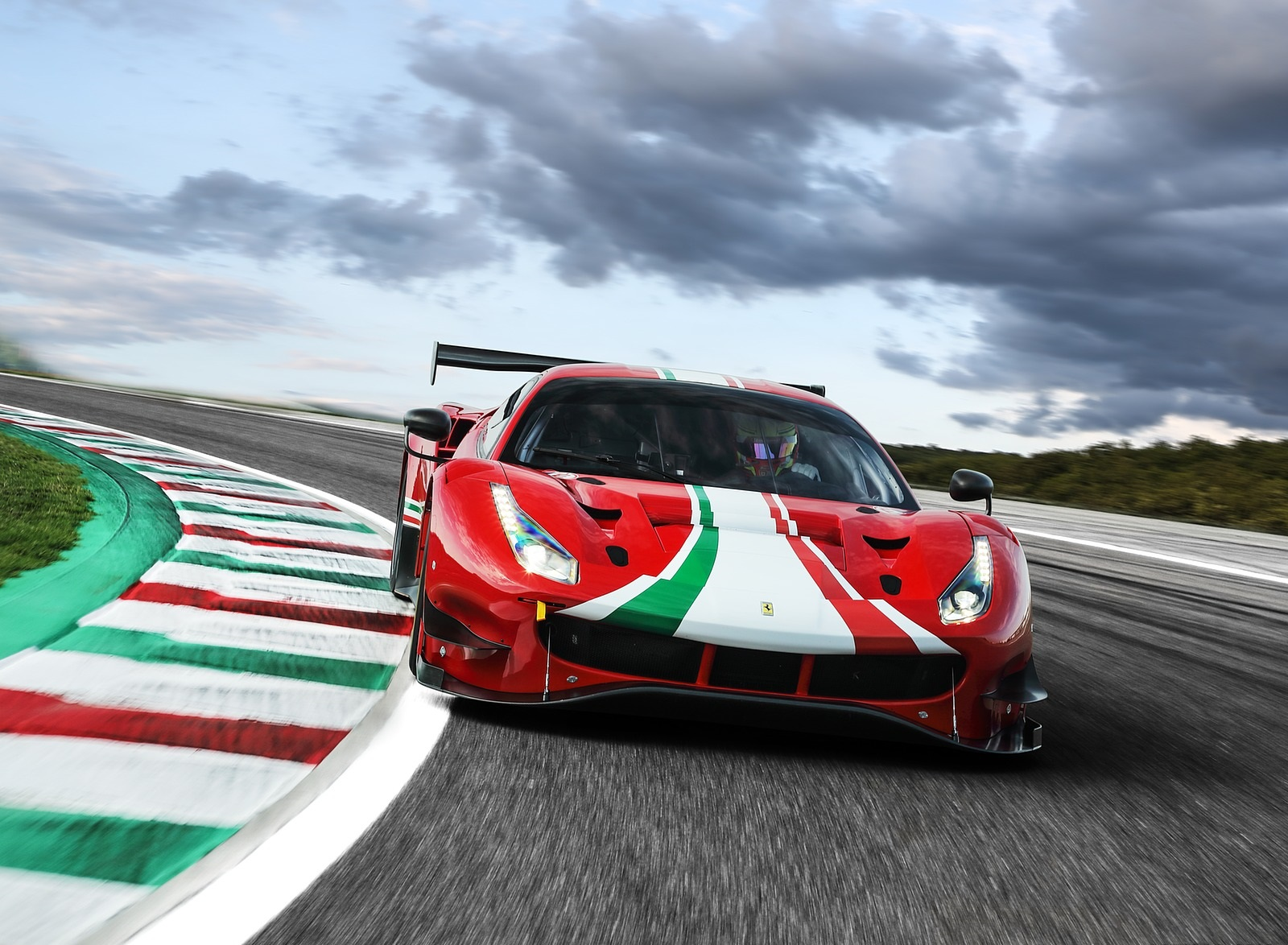 2020 Ferrari 488 GT3 EVO Front Wallpapers (1)