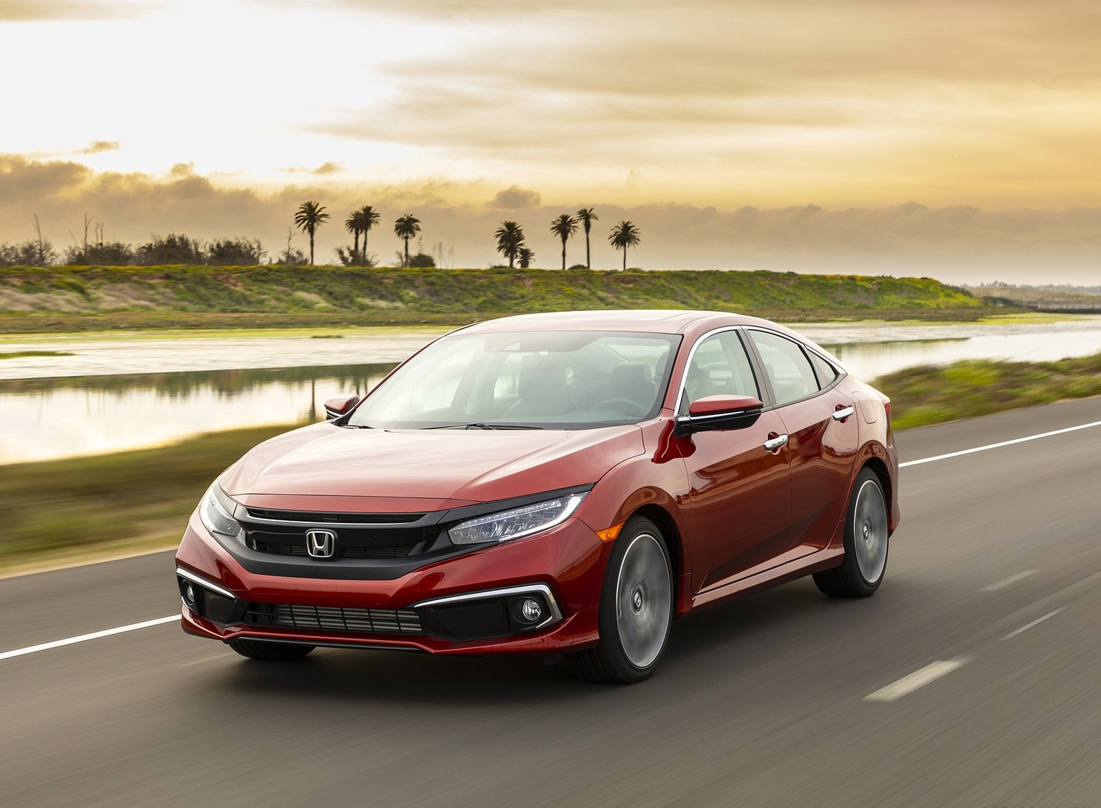 2020 Honda Civic Sedan Touring Front Three-Quarter Wallpapers (6)