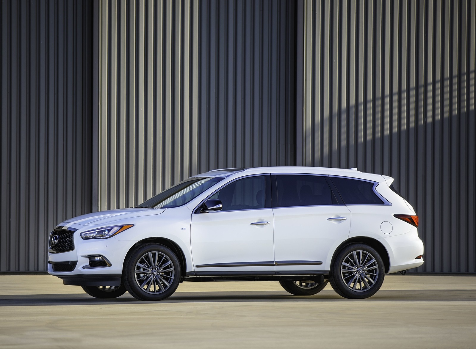 2020 Infiniti QX60 Edition 30 Side Wallpapers (2)
