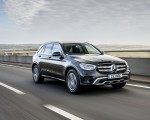 2020 Mercedes-Benz GLC 220d (UK-Spec) Front Three-Quarter Wallpapers 150x120 (1)