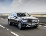 2020 Mercedes-Benz GLC 220d (UK-Spec) Front Three-Quarter Wallpapers 150x120 (2)