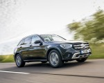 2020 Mercedes-Benz GLC 220d (UK-Spec) Front Three-Quarter Wallpapers 150x120 (3)