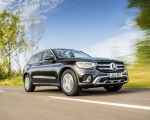 2020 Mercedes-Benz GLC 220d (UK-Spec) Front Three-Quarter Wallpapers 150x120 (4)