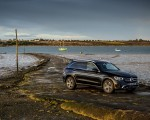 2020 Mercedes-Benz GLC 220d (UK-Spec) Front Three-Quarter Wallpapers 150x120 (43)