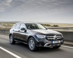 2020 Mercedes-Benz GLC 220d (UK-Spec) Front Three-Quarter Wallpapers 150x120 (7)
