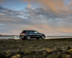 2020 Mercedes-Benz GLC 220d (UK-Spec) Rear Three-Quarter Wallpapers 150x120 (42)