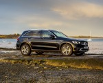 2020 Mercedes-Benz GLC 220d (UK-Spec) Side Wallpapers 150x120 (38)