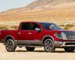 2020 Nissan TITAN Platinum Reserve Front Three-Quarter Wallpapers 150x120 (2)