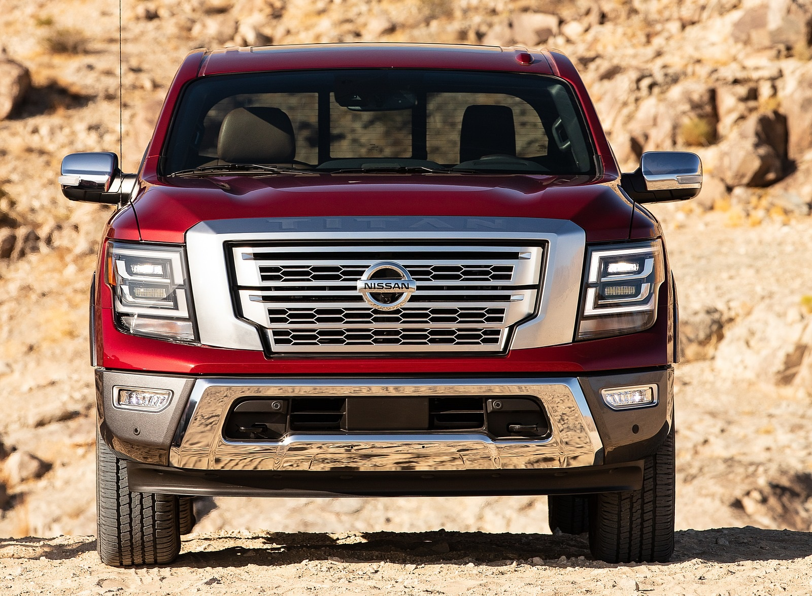 2020 Nissan TITAN Platinum Reserve Front Wallpapers (3)