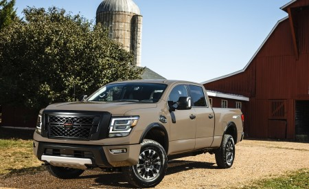 2020 Nissan TITAN XD PRO-4X Wallpapers & HD Images