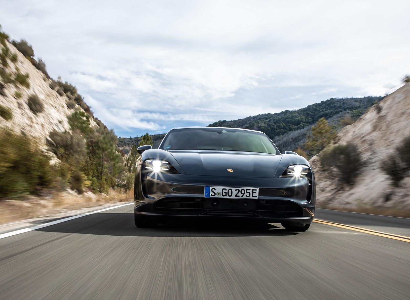 2020 Porsche Taycan 4S (Color: Volcano Grey Metallic) Front Wallpapers (4)