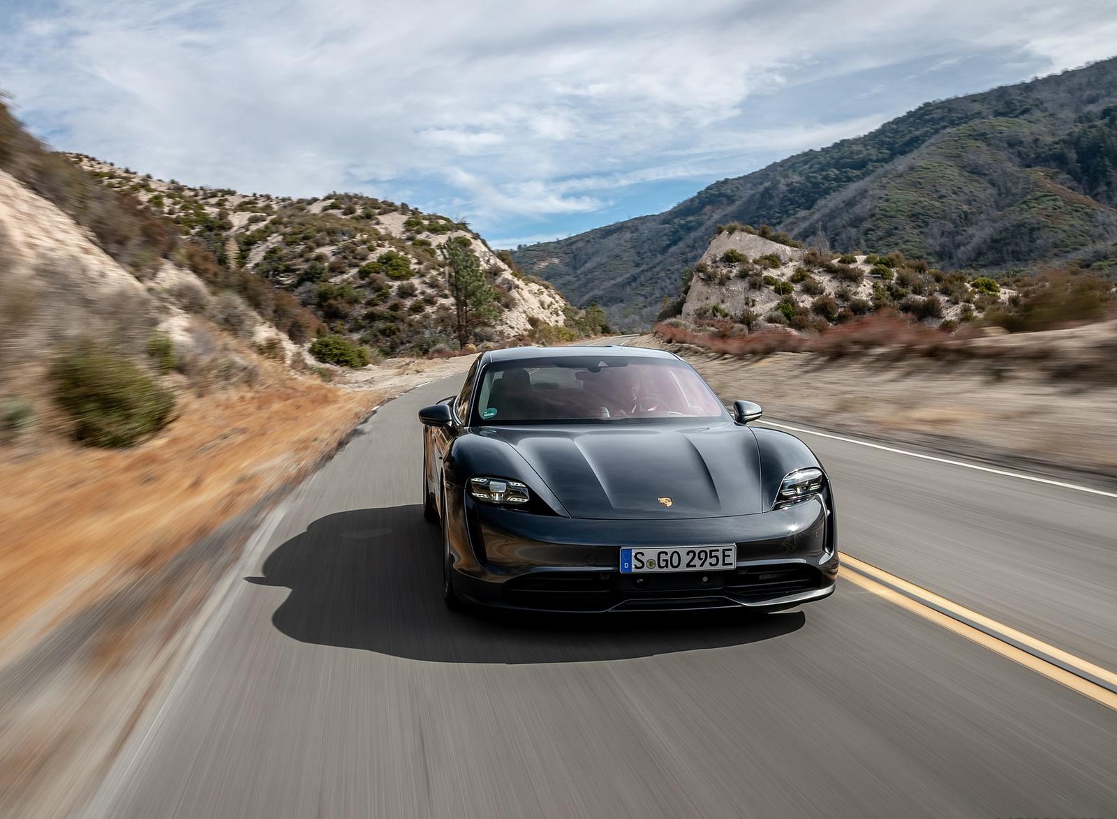 2020 Porsche Taycan 4S (Color: Volcano Grey Metallic) Front Wallpapers (7)