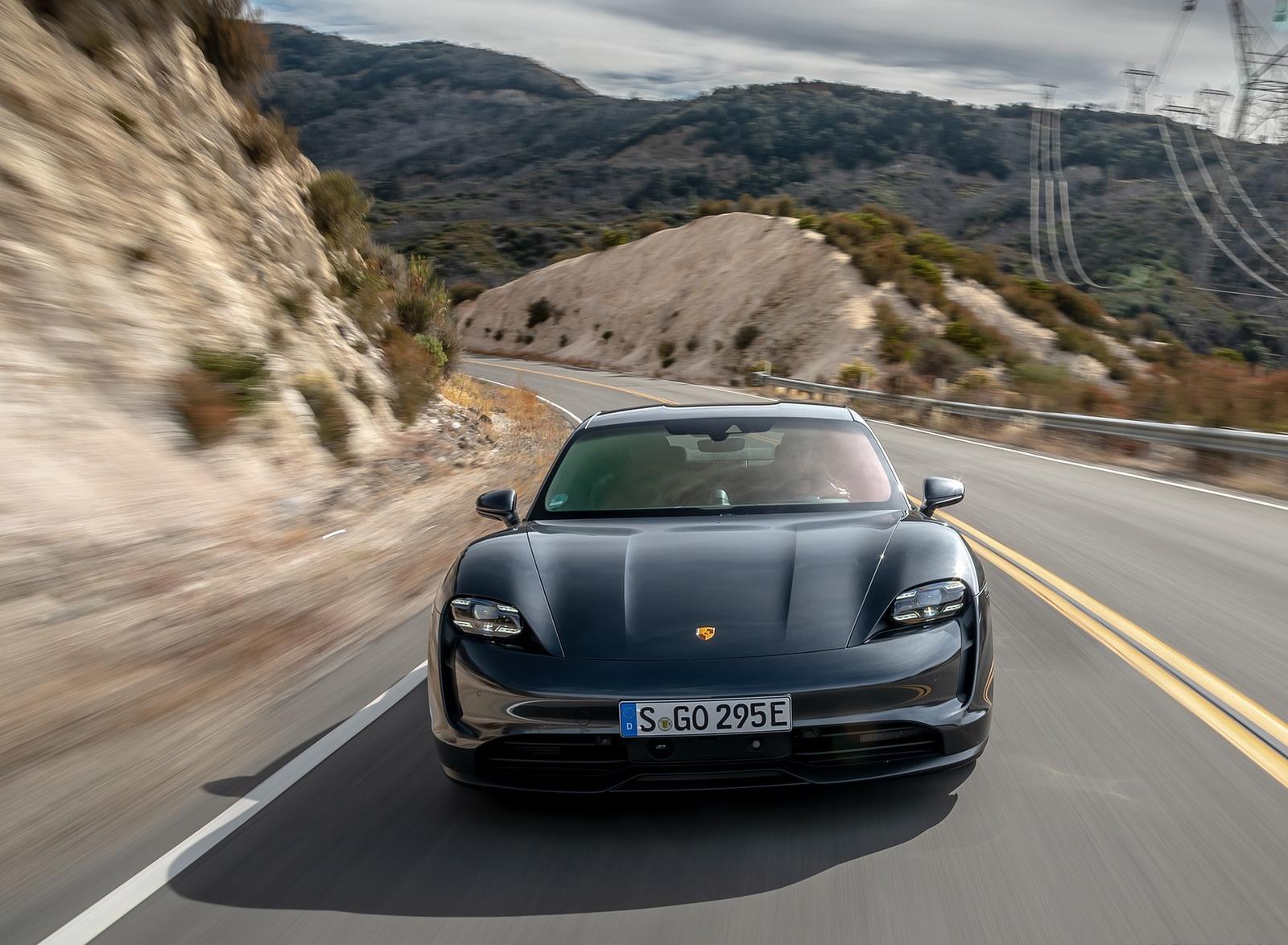 2020 Porsche Taycan 4S (Color: Volcano Grey Metallic) Front Wallpapers (8)