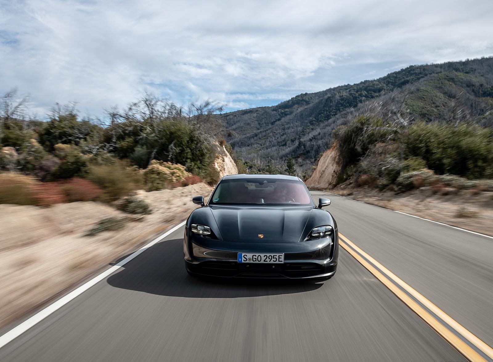 2020 Porsche Taycan 4S (Color: Volcano Grey Metallic) Front Wallpapers (9)