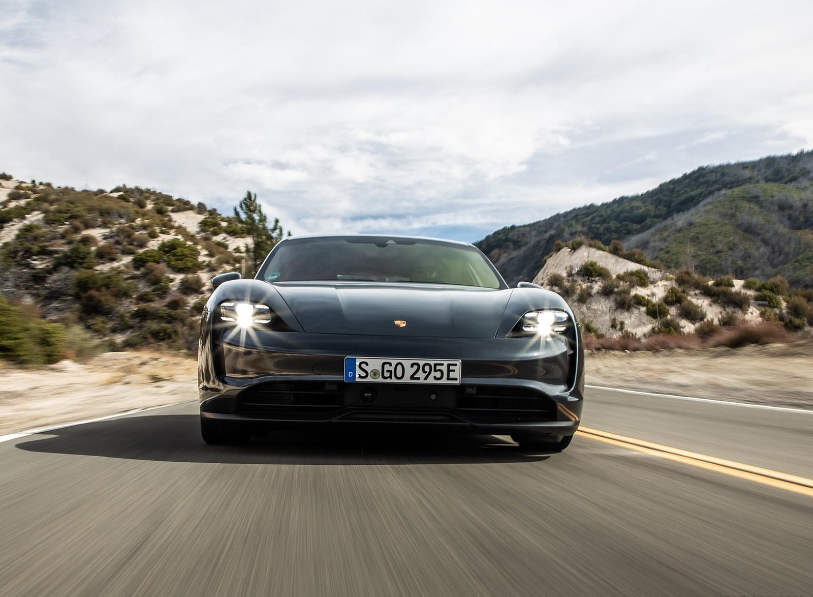 2020 Porsche Taycan 4S (Color: Volcano Grey Metallic) Front Wallpapers (10)