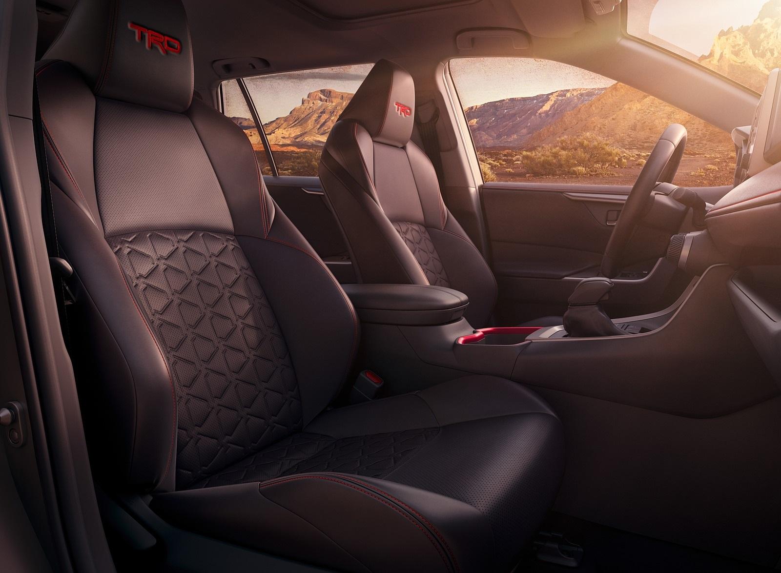 2020 Toyota RAV4 TRD Interior Seats Wallpapers (8)