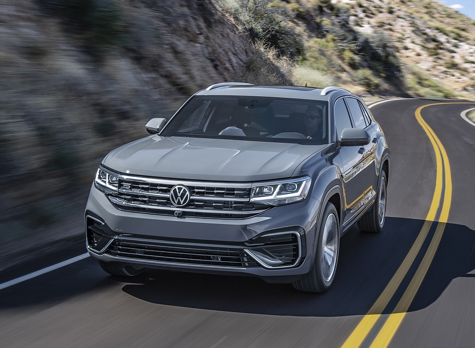 2020 Volkswagen Atlas Cross Sport Front Wallpapers (4)