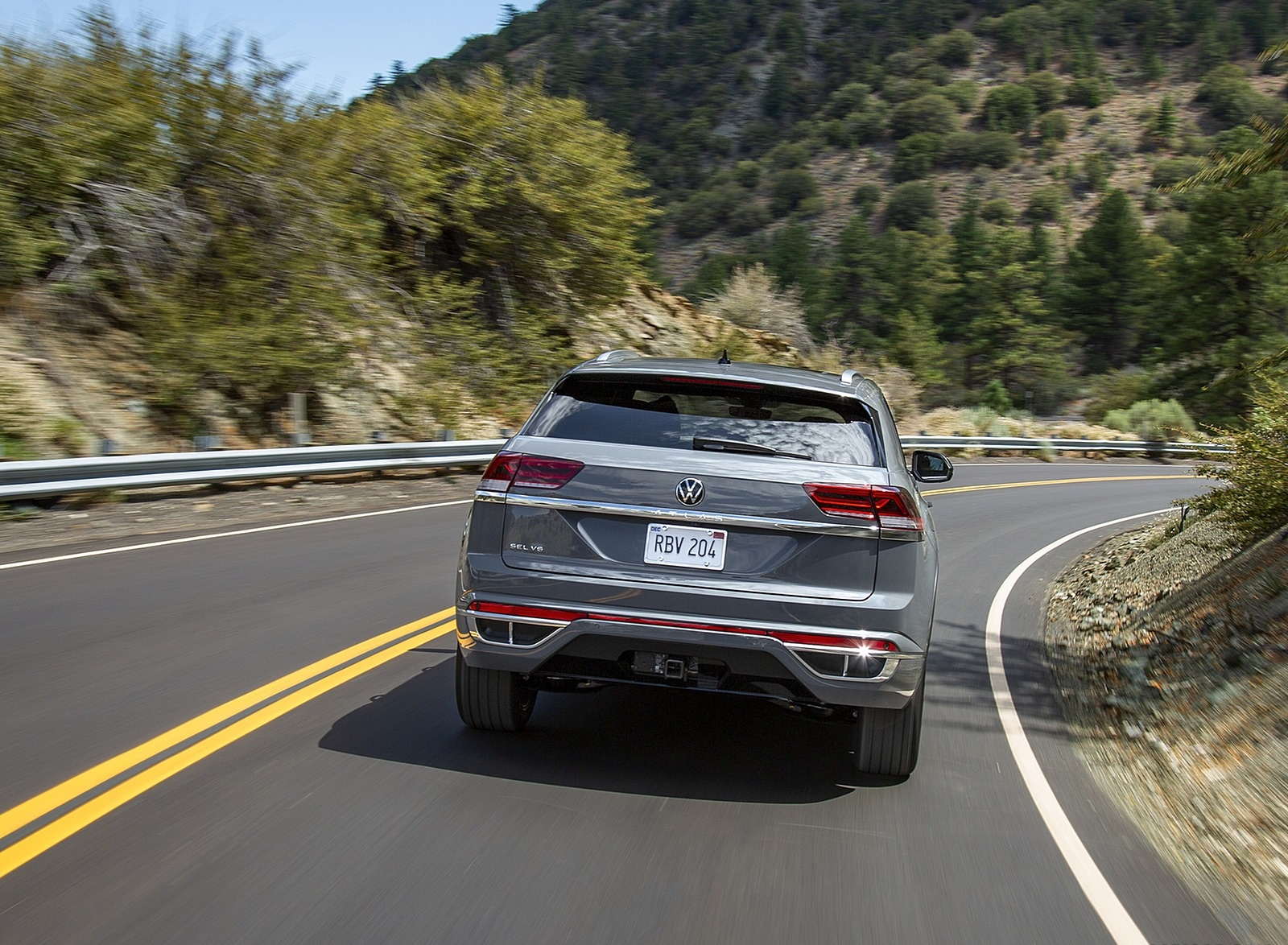 2020 Volkswagen Atlas Cross Sport Rear Three-Quarter Wallpapers (5)