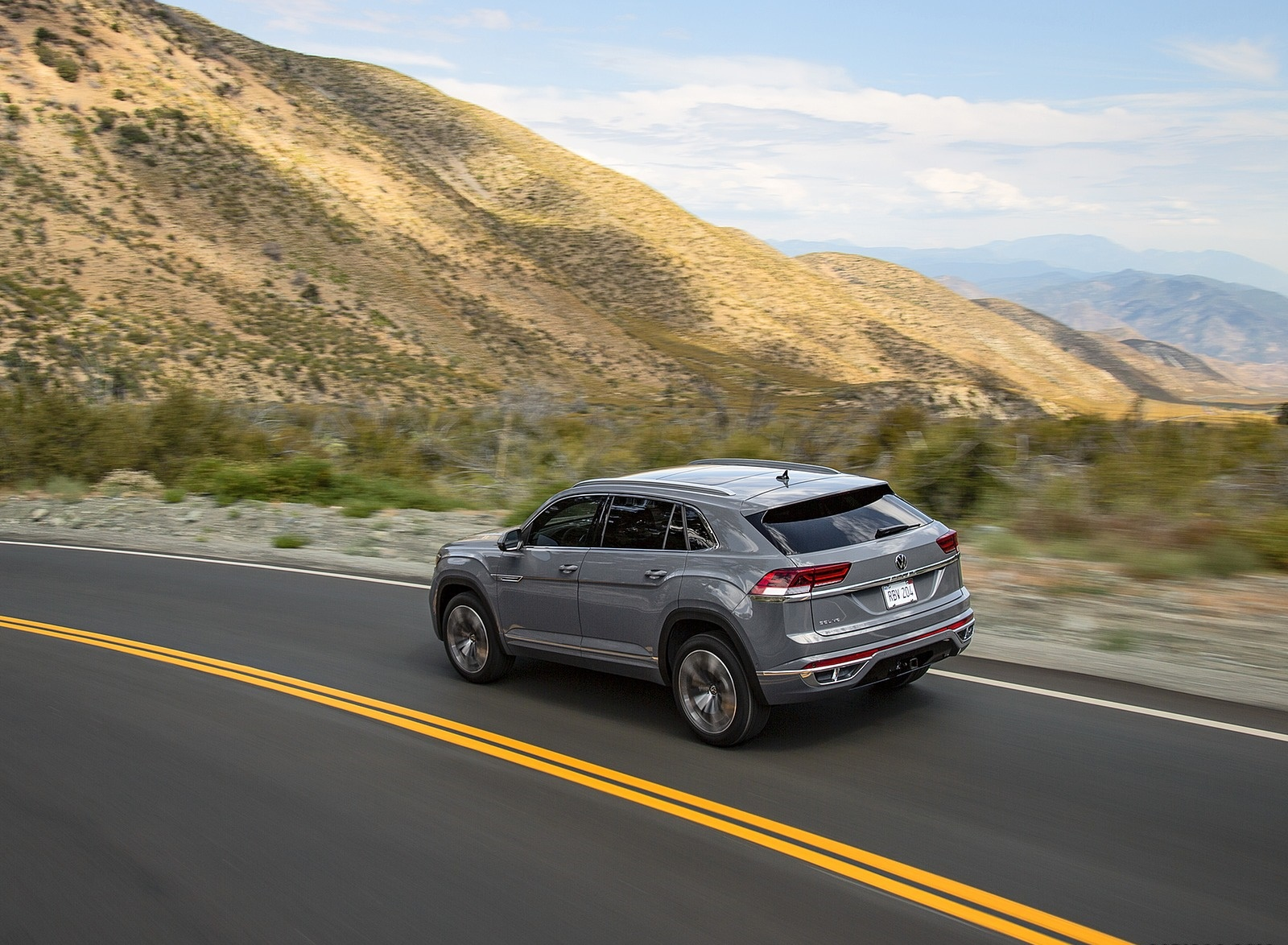 2020 Volkswagen Atlas Cross Sport Rear Three-Quarter Wallpapers (6)