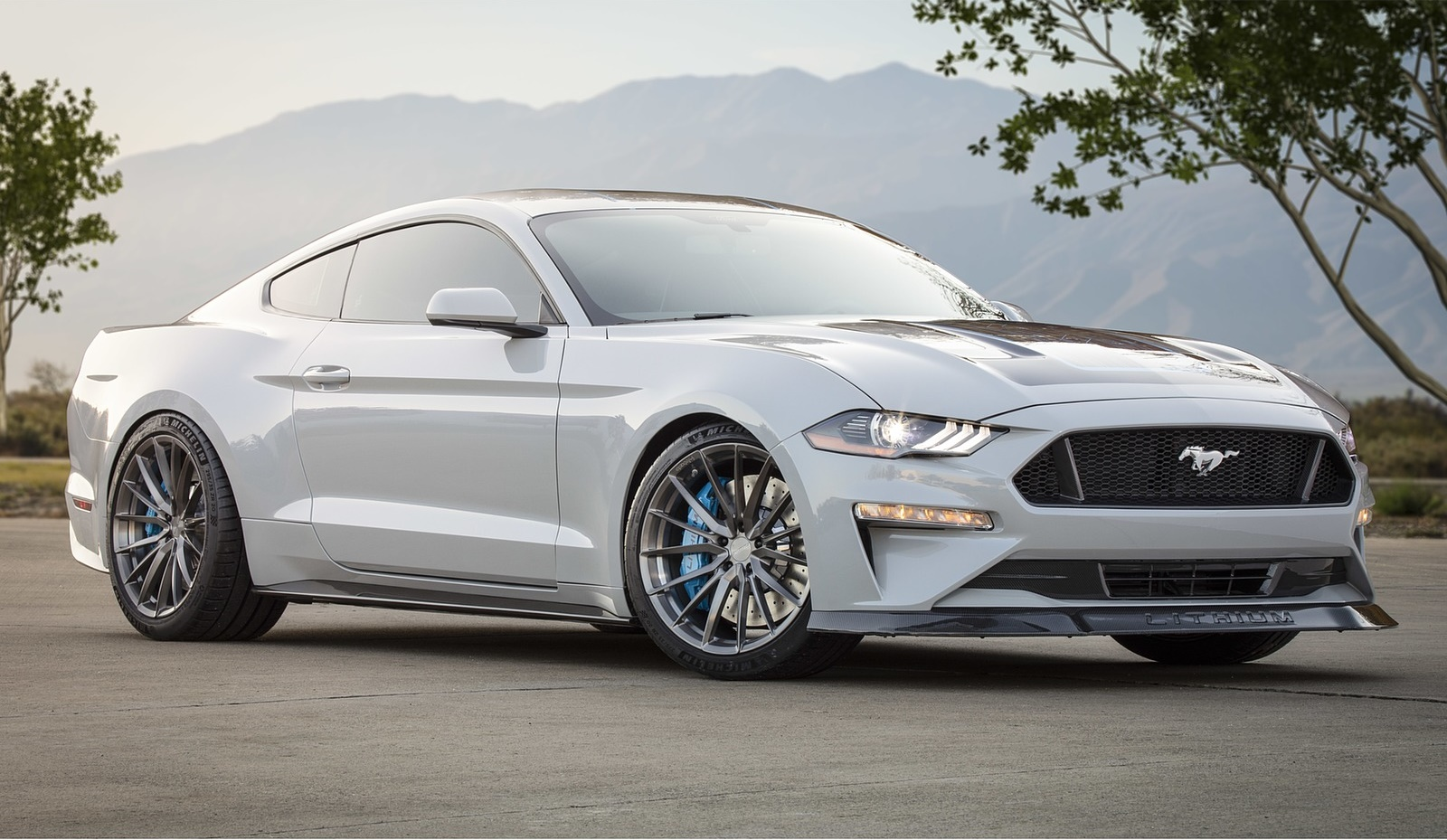 2019 Ford Mustang Lithium Concept Front Three-Quarter Wallpapers (2)