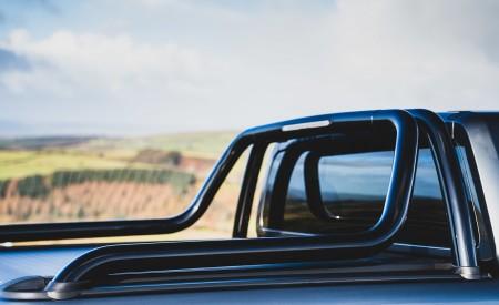 2019 Volkswagen Amarok Black Edition (UK-Spec) Detail Wallpapers 450x275 (32)