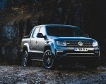 2019 Volkswagen Amarok Black Edition (UK-Spec) Front Three-Quarter Wallpapers 150x120 (25)
