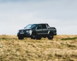 2019 Volkswagen Amarok Black Edition (UK-Spec) Front Three-Quarter Wallpapers 150x120 (2)