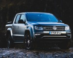2019 Volkswagen Amarok Black Edition (UK-Spec) Front Three-Quarter Wallpapers 150x120 (26)