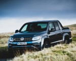 2019 Volkswagen Amarok Black Edition (UK-Spec) Front Three-Quarter Wallpapers 150x120 (4)