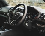 2019 Volkswagen Amarok Black Edition (UK-Spec) Interior Wallpapers 150x120 (40)