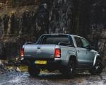 2019 Volkswagen Amarok Black Edition (UK-Spec) Rear Three-Quarter Wallpapers 150x120 (28)