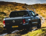 2019 Volkswagen Amarok Black Edition (UK-Spec) Rear Three-Quarter Wallpapers 150x120 (7)